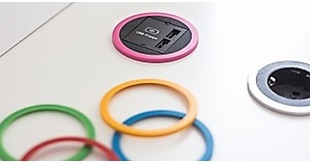 TOMA DE ENCHUFE Y USB PIX COLOURS con aros intercambiables KIT 5 aros intercambiables: Rojo, verde, azul, amarillo, rosa