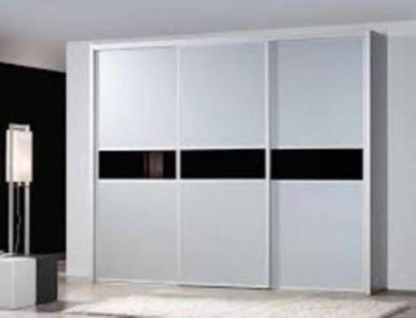 Guias y armarios sistemas armarios y complementos - Guias de puertas correderas ...